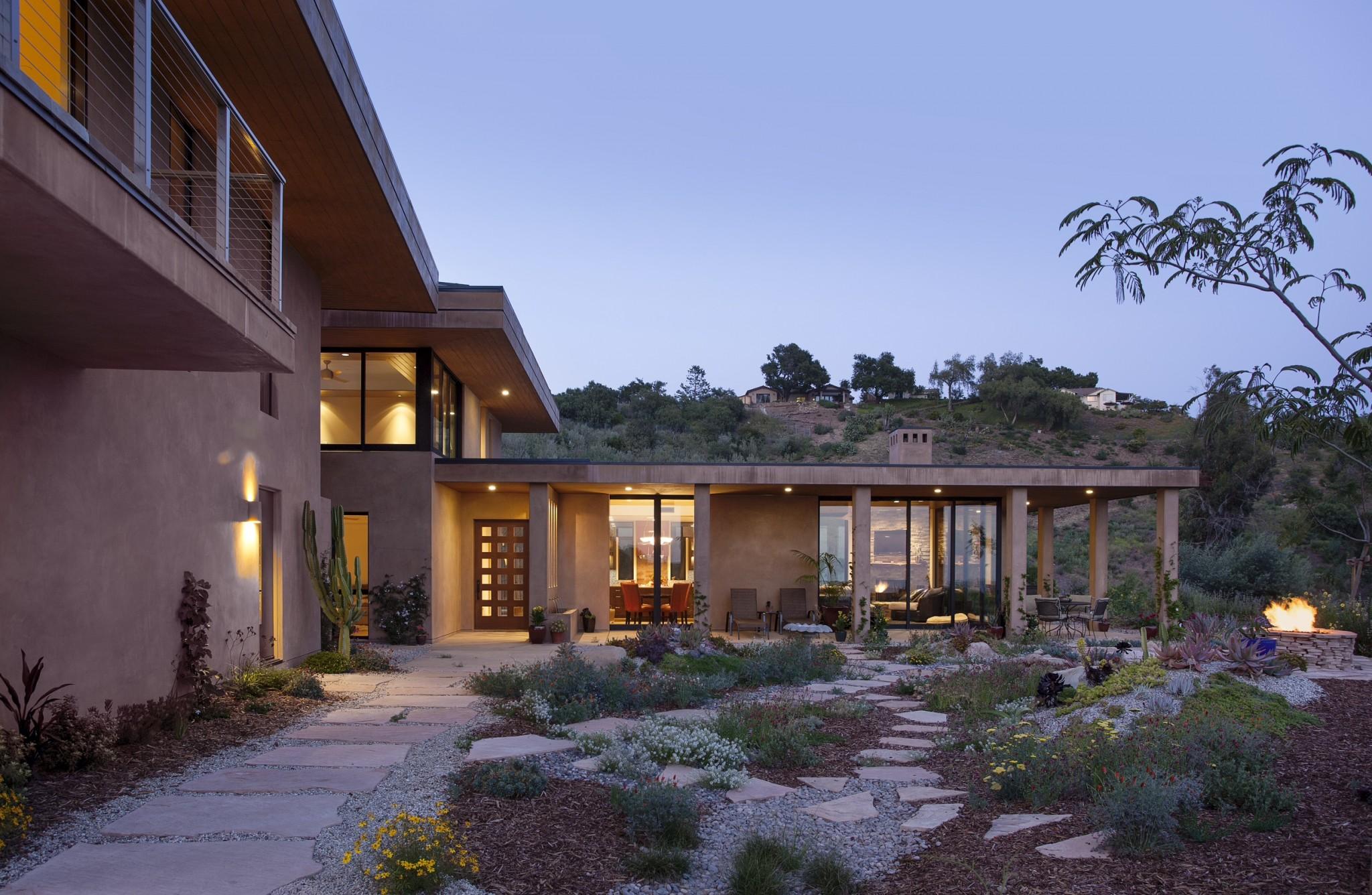 Santa Barbara Residence - Exterior 1