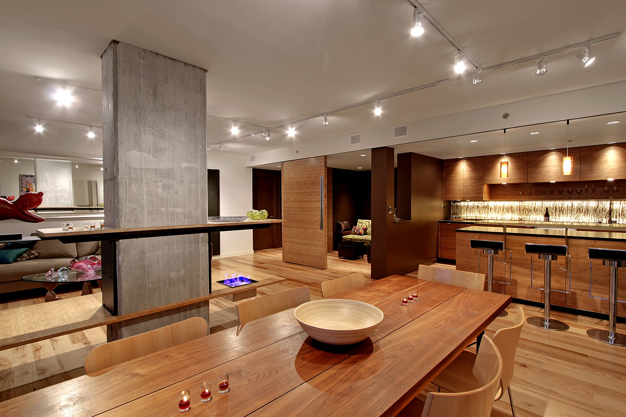 Seattle Heights Condominium - Dining 2