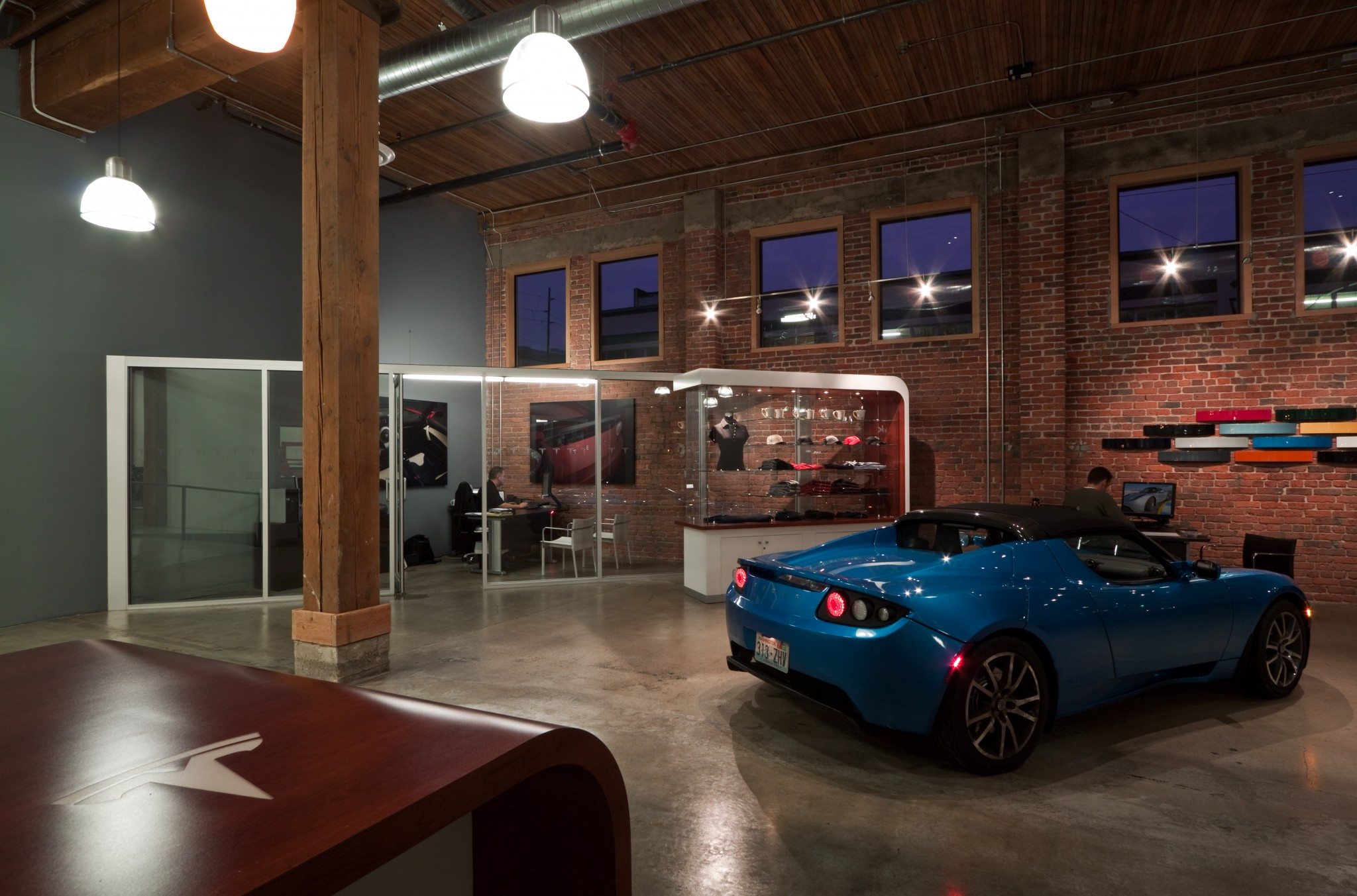 Tesla Showroom - Interior 5