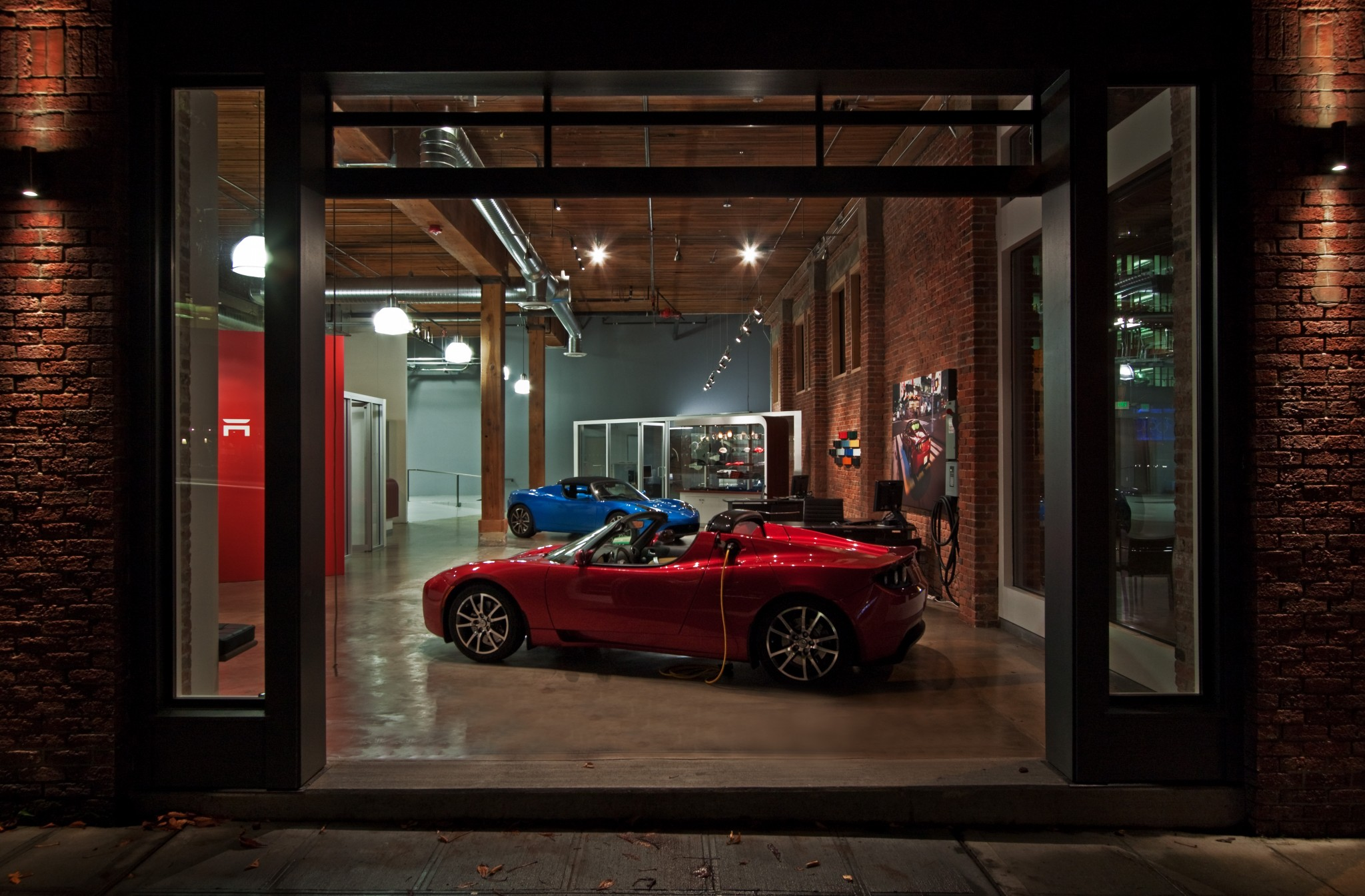 Tesla Showroom - Exterior 2