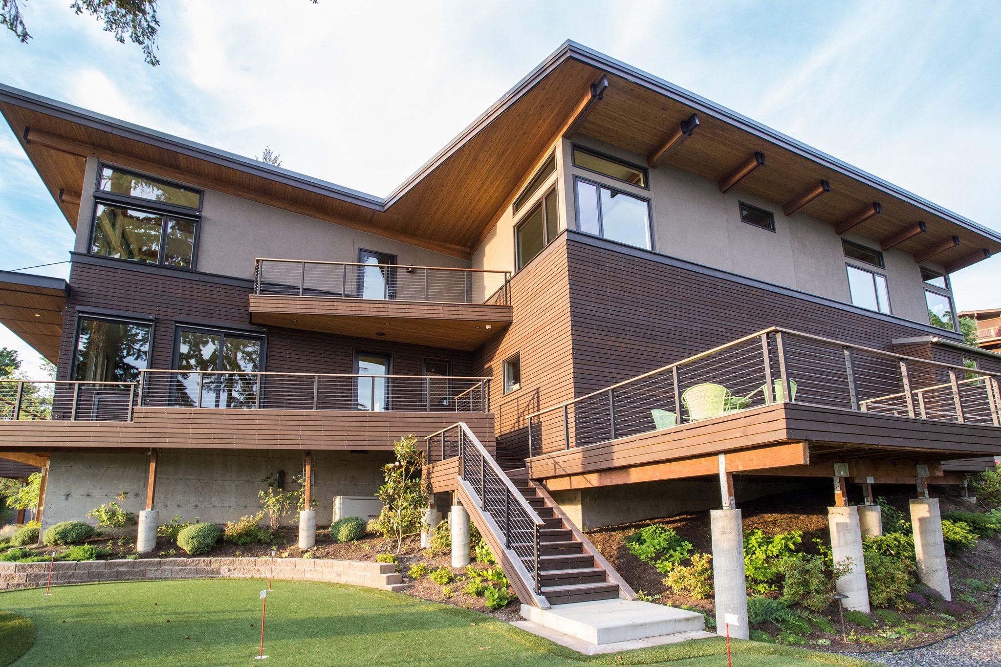 Mercer Island Custom Contemporary - Exterior 3