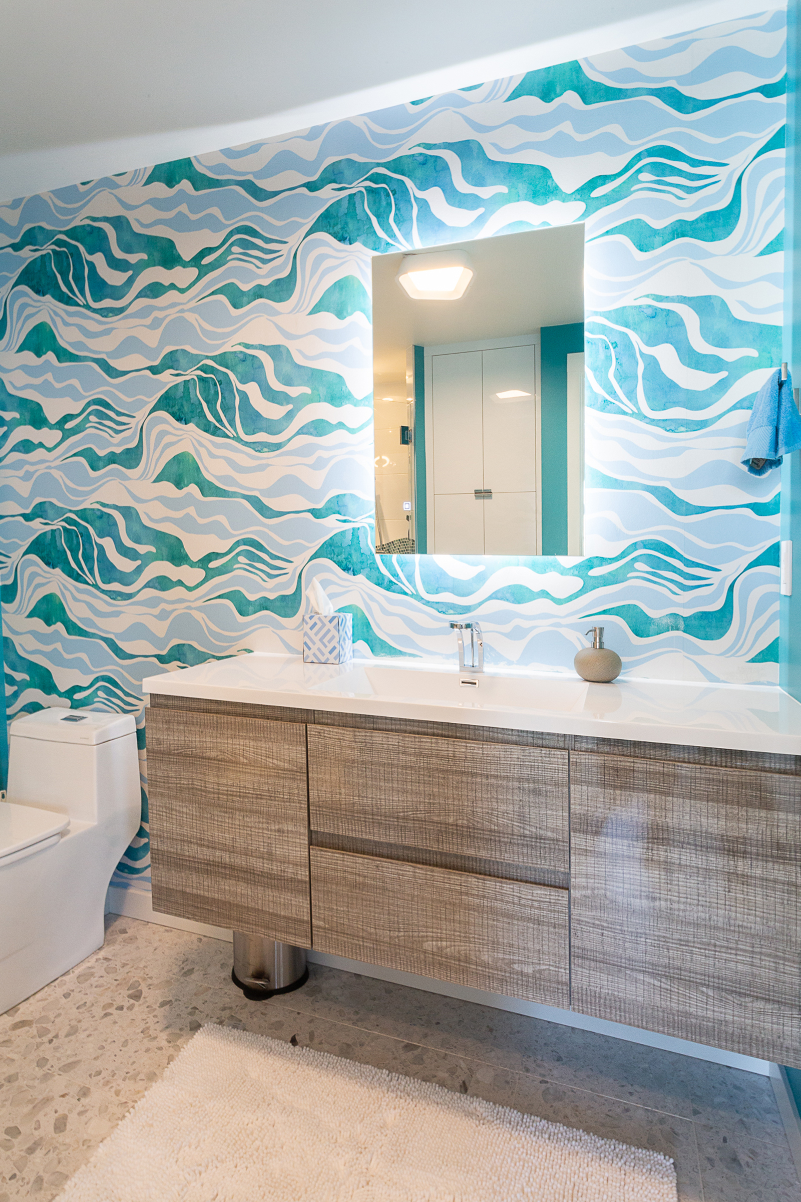 Vine Condominium Seattle - Bathroom 2